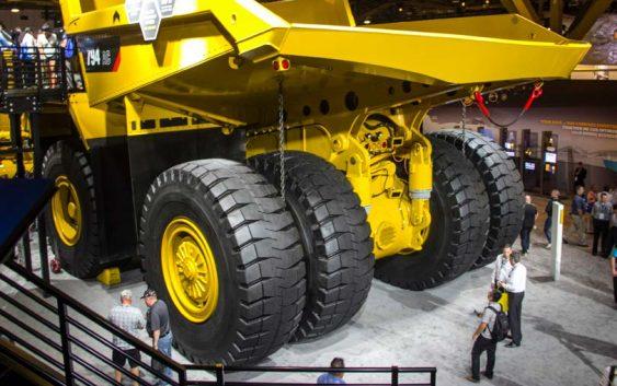 Neumáticos mineros toneladas en ruta