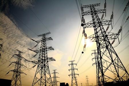 Hay eléctricas que advierten que tomarán medidas si se les cambia las reglas de juego