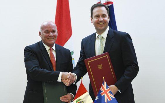 Perú y Australia firman Tratado de Libre Comercio
