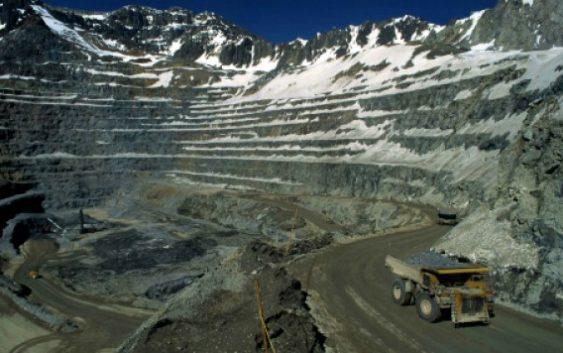 Gobierno alista cambios al canon minero y de hidrocarburos